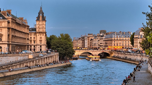a view of the Seine River